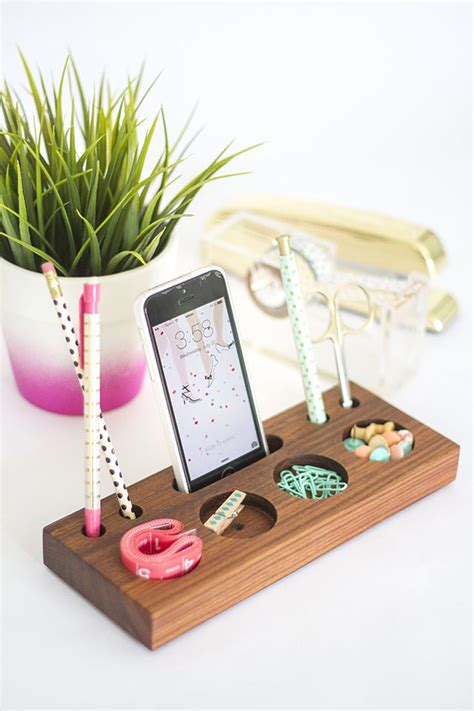 Modern Desk Organizers Diy Make A Modern Desk Organizer From A Block Of Wood Flowerpower Vase