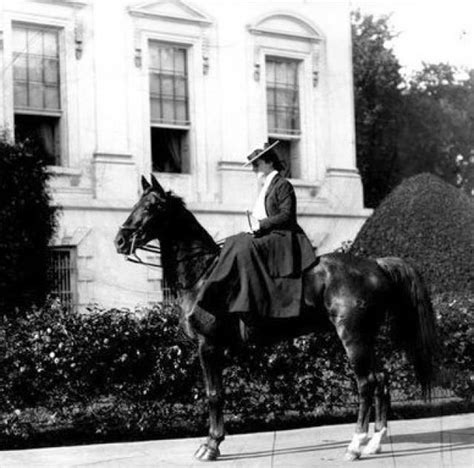that famous photo of teddy roosevelt riding a moose is fake 1000 images about horse riders in costume on pinterest