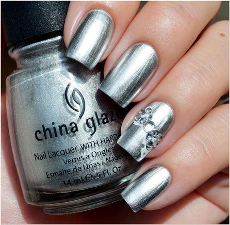 Metallic Nail Polishes by Top 40 Metallic Nail
