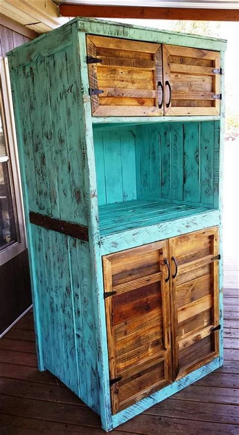 upcycled pallet kitchen hutch 101 pallet ideas