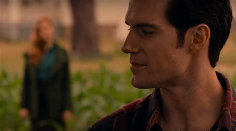 justice league film henry cavill watch justice league trailer superman makes his first