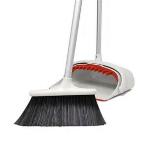 large set large sweep set with extendable broom oxo