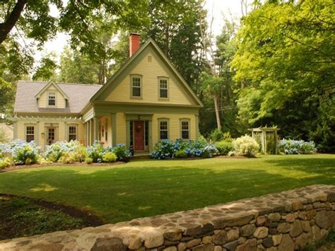 new england farmhouse new england farmhouse kitchens new england farmhouse curb