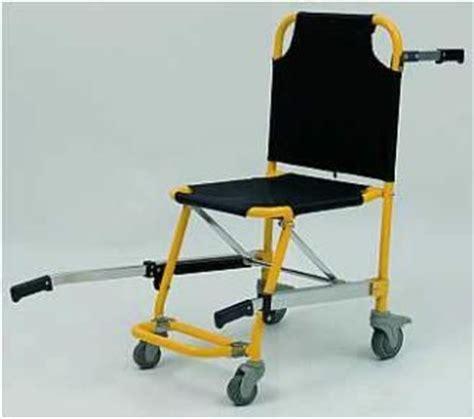 sedia portantina usata sedia portantina 4 ruote con poggiapiedi senza braccioli