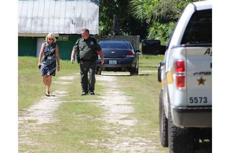 Palm County Warrant Search Anonymous Tip Leads To Search Warrant Served To Inspect Saffari Rescue Palm Coast