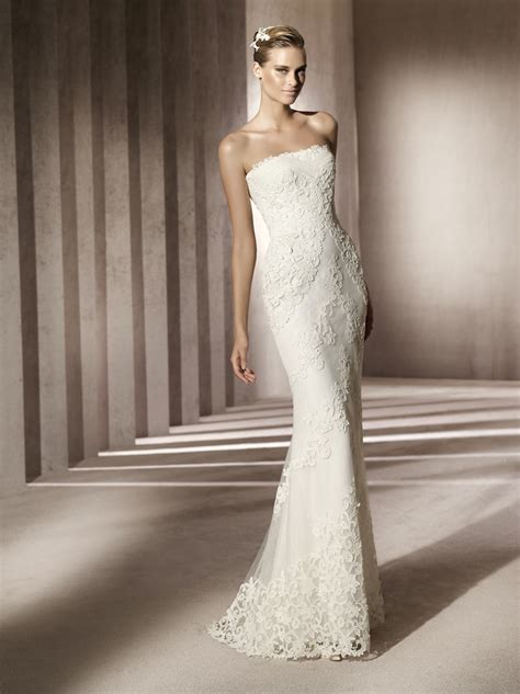 simple strapless wedding dress with beading