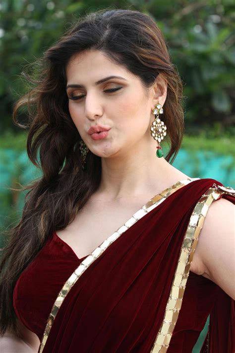 Zareen Maxy zarine khan sweet hd wallpaper images