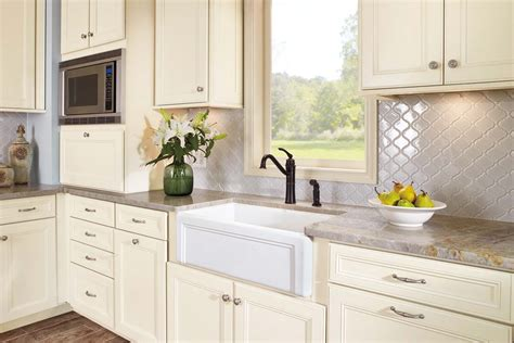 Waypoint Living Spaces Style 750 In Maple Cream Glaze Waypoint Kitchen Cabinets