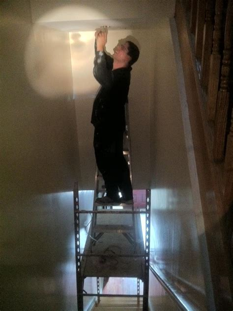 painting the walls painting how do i safely paint the walls and ceiling in