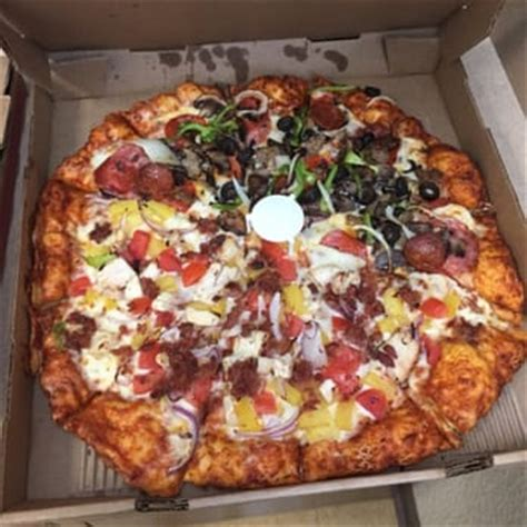 round table pizza manteca ca round table pizza 28 photos pizza manteca ca
