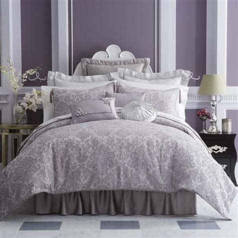 Lavender Comforter by 25 Best Ideas About Lavender Bedrooms On