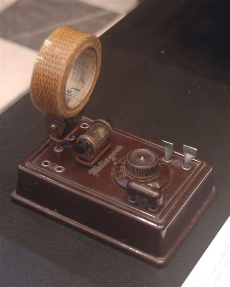 wann wurde das auto erfunden radio