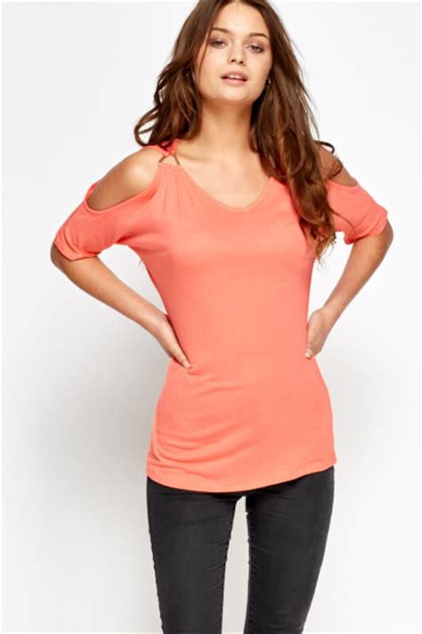 Casual Top casual cold shoulder top just 163 5