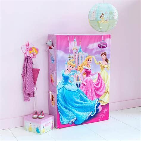 chambre princesse disney penderie princesse disney http bebegavroche com