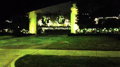 Christmas Lights On River Oaks Blvd Houston Texas Youtube River Oaks Houston Lights