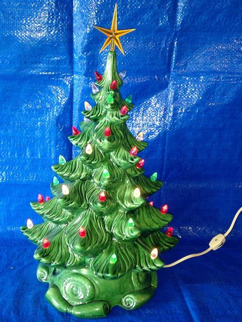 slotted base christmas bulbs ceramic tree base topper light cord switch colored plastic bulbs vintagetoys