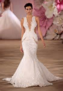 2017 wedding dress trend you need to know about cut outs