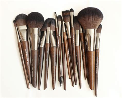 best makeup brushes where to best makeup brushes mugeek vidalondon