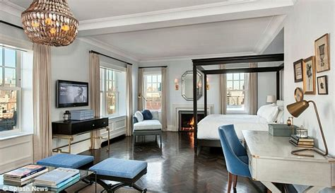 aniston hotel room aniston splashes 15m on new york penthouse daily mail