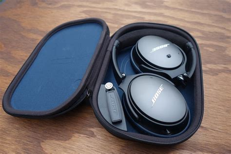 bose quietcomfort  noise cancelling  ear headphone review gadget review
