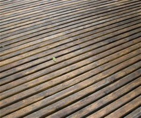 remove tree sap   wood deck   clean