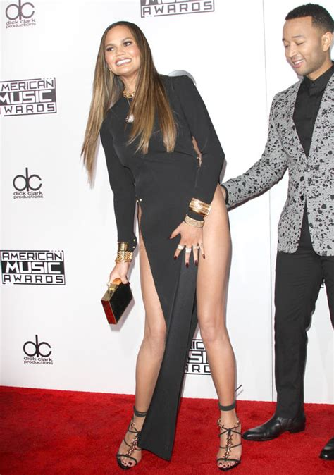 ama legend hair chrissy teigen says sorry for flashing her hooha at amas