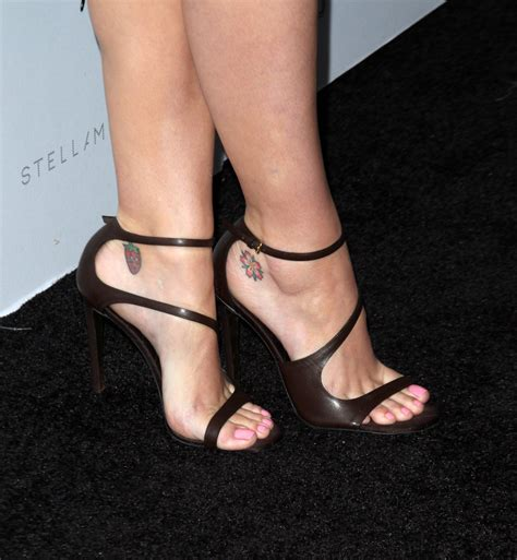 katy perry celebrity foot and shoes