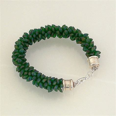 kumihimo with magatama green magatama bead kumihimo bracelet bead patterns