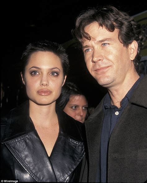 did the actor who played freddie mercury really sing timothy hutton has moved in with 26 year old american