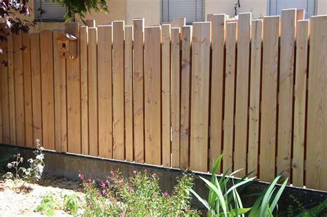 planche pour cloture jardin palissade en pin douglas couleur jardin