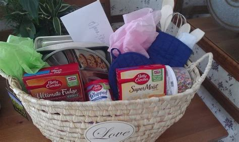 Bridal Shower Gift Basket Ideas by Pin By Savage On Random
