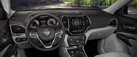 jeep burgundy interior 2019 jeep cherokee interior seating comfort