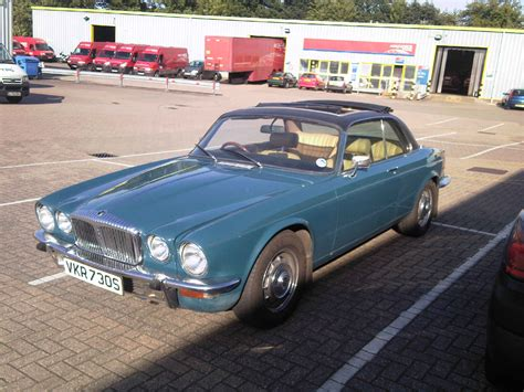 retro cers for sale uk classic cars for sale classic automobiles