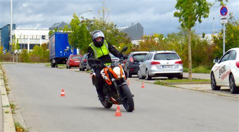 T V Ludwigsburg Fahrsicherheitstraining Motorrad 2016 by Motorrad Fahrschul Tv