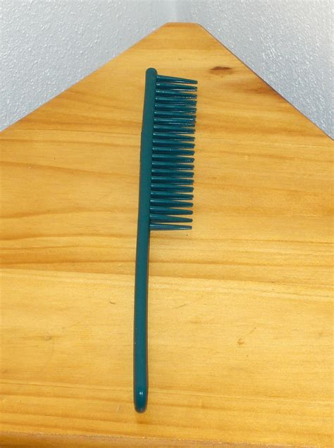 tupper brush tupperware tuppercraft hair teaser brush comb find