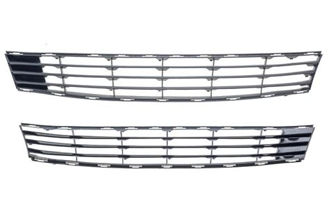Grille Pare Choc Clio 3 by Grille Inf 233 Rieure Pare Chocs Avant Renault Clio 8200682335