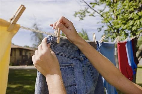 Wardrobe To Hang Clothes by How To Hang Clothes On A Clothesline