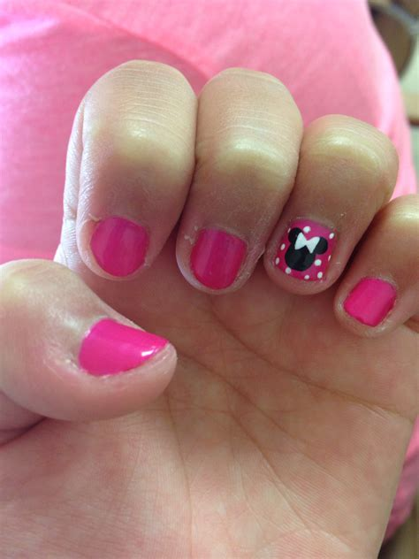 disney pattern nails cute easy minnie mouse nails create pinterest minnie