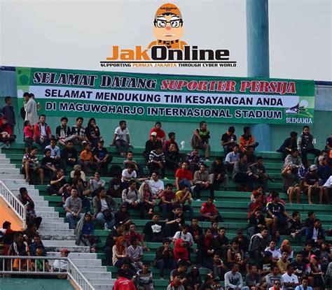 Ultras Persija persija jakarta vs persib bandung 28 08 2013 the legend