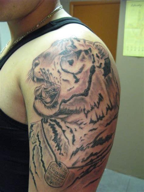 tatuaggio bicipite interno 68 tatuaggi per il bicipite interno galleria di disegni