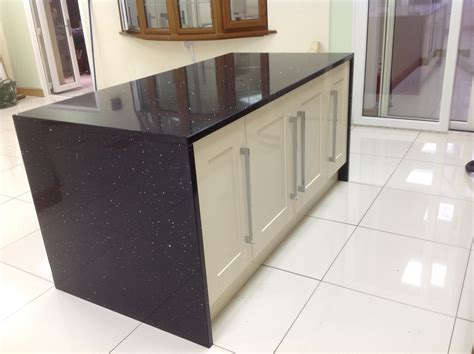 Kitchen Island Range Black Starlight Quartz Island Wrap