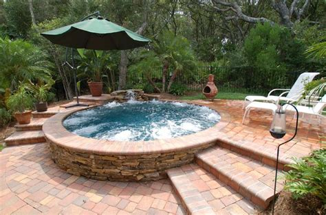 Backyard Pools And Spas Tillsonburg Pretty Quot Cool Quot Outdoor Spa This Would Look Near My