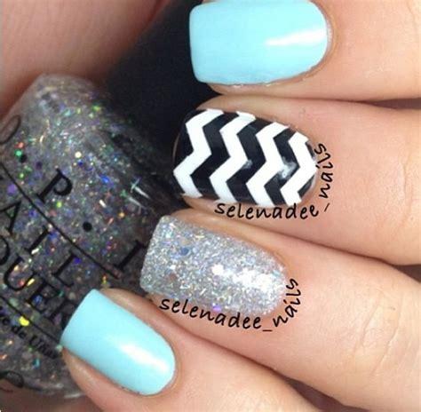 chevron pattern nails chevron blue nail design nails pinterest nail art