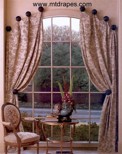 how to hang curtains on arched window best 25 arched window curtains ideas on pinterest