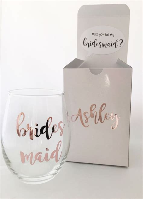 25  best ideas about Bridesmaid Gift Boxes on Pinterest