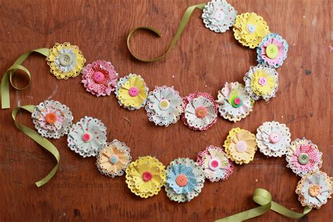 How To Make Paper Flower Garland - diy paper flower garland tutorial smitha katti