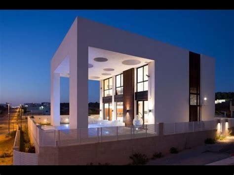 minimalist modern house design  unique structure  pergola creates  sense  openings