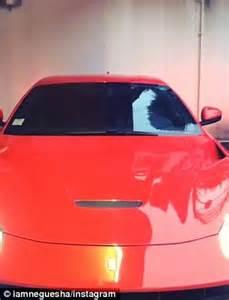 Paket Car Set 6 In 1 Ac Milan mario balotellis shows milan s