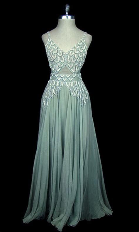 Holyan Dress dress 1939 made of chiffon historic clothing