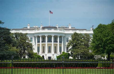 trump white house residence mike dubke quits as white house communications director wsj